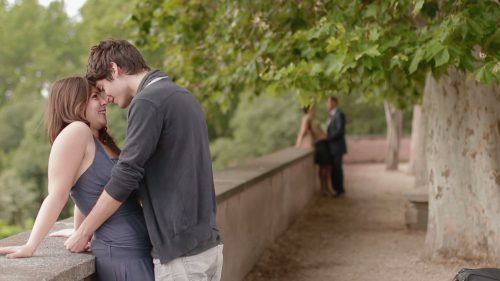 stock-footage-couples-in-love-in-the-most-romantic-place-in-rome